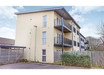 Thumbnail 2 bed flat for sale in 21 Howe Road, Gosport