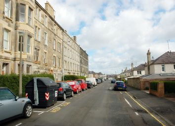 3 bed flat to rent in Bellevue Street, Edinburgh EH7