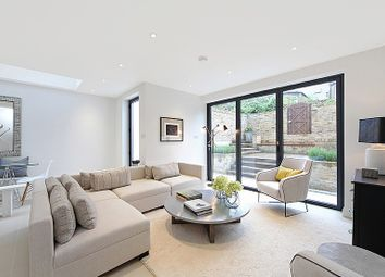 Thumbnail 2 bed flat to rent in St Helen's Gardens, London