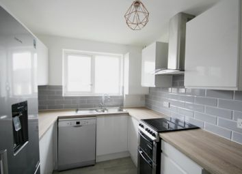 Thumbnail 3 bed flat to rent in Martins Road, Bromley