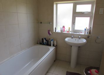 Thumbnail 3 bed terraced house to rent in Edinburgh Road, Kettering