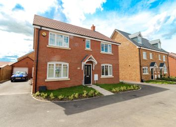 Thumbnail 5 bed detached house for sale in Lionheart Avenue, Bishops Tachbrook, Leamington Spa