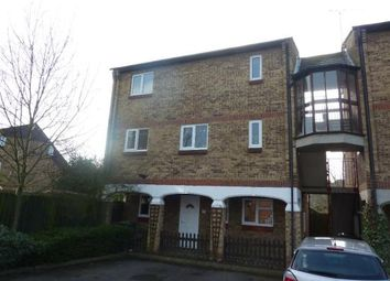 Thumbnail 1 bed flat to rent in Fairfax Avenue, Basildon