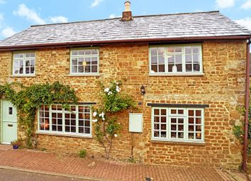 Thumbnail 2 bed cottage for sale in The Grove, Deddington, Banbury