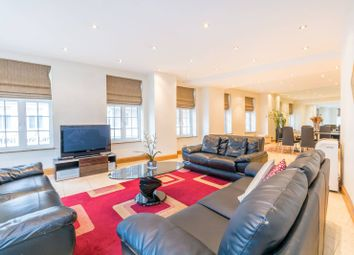 Thumbnail 4 bed flat to rent in Park Street, Mayfair