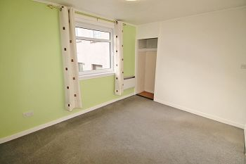 Thumbnail 2 bedroom flat to rent in 40 Dochart Terrace, Dundee, 4Ey