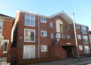 2 bed flat to rent in Apsley Road, Southsea PO4