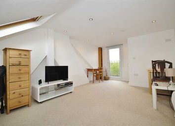 Thumbnail 3 bedroom flat to rent in Palace Road, London