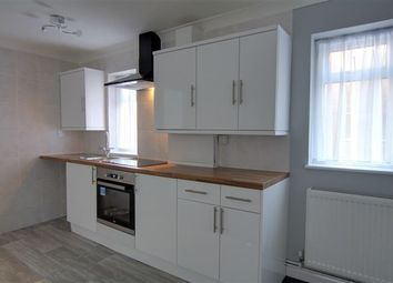 Thumbnail 1 bed flat to rent in Hollin Court, Northgate, Crawley