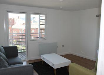 2 bed flat to rent in North Cresent, North Street, Leeds LS2