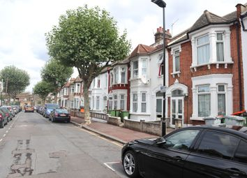 Thumbnail 6 bed terraced house to rent in Bridge Road, London