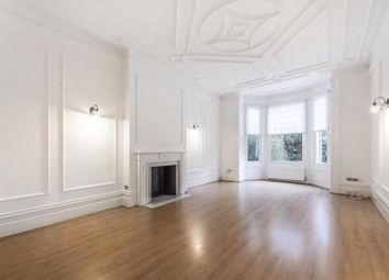 Thumbnail 3 bedroom flat to rent in Compayne Gardens, South Hampstead, London