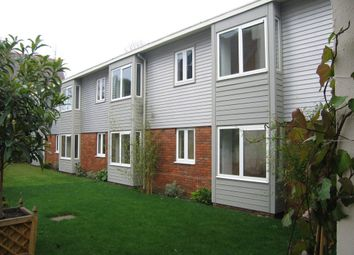 Thumbnail 1 bedroom flat to rent in Cross Lanes, Guildford