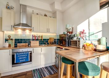 Thumbnail Flat for sale in Camden Road, London