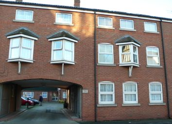Thumbnail 1 bed flat to rent in Princes Road, Hull