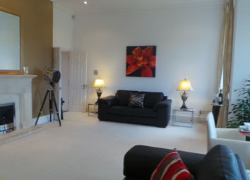 3 bed flat for sale in Devonshire House, Brandesbury Square, Woodford Green, Essex IG8