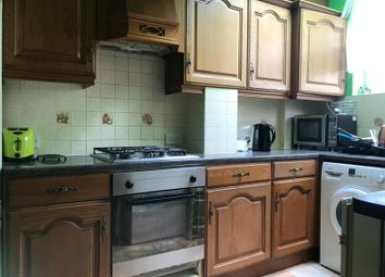 Thumbnail 2 bed flat to rent in Malden Avenue, Greenford