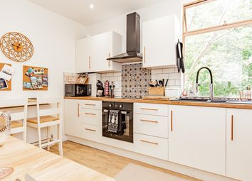 Thumbnail 2 bed flat for sale in Staincross House, Central Oxford
