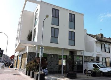 Thumbnail 2 bedroom flat to rent in Caledonian Road, Brighton