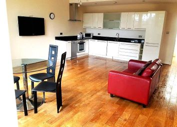 Thumbnail 2 bed flat to rent in The Broadway, Woodford Green