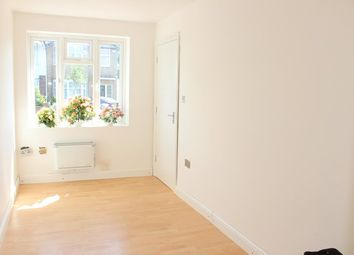 Thumbnail Studio to rent in Maricas Avenue, Harrow