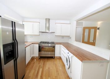 Thumbnail 2 bedroom flat to rent in Westminster Court, St.Albans
