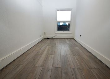 Thumbnail Studio to rent in Lower Addiscombe Road, Croydon