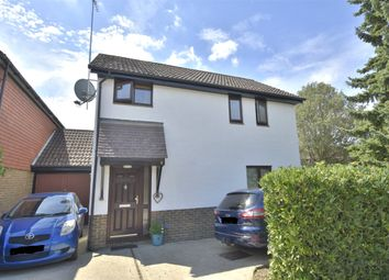 Thumbnail 3 bed detached house for sale in Broadmead, Horley, Surrey