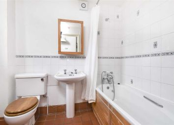 Thumbnail 5 bedroom detached house to rent in Kingswood Way, South Croydon