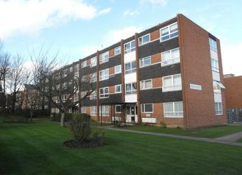 Thumbnail 1 bed flat to rent in Heathdene, Chase Side, Southgate