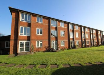 1 bed flat for sale in Manor Farm Court, Manor Farm Lane, Egham, Surrey TW20