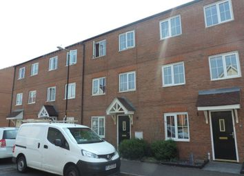 Thumbnail Room to rent in Daymond Street, Woodston, Peterborough.