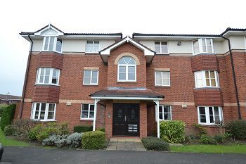 Thumbnail 2 bed flat to rent in Summerfield Village Court, Wilmslow, Cheshire