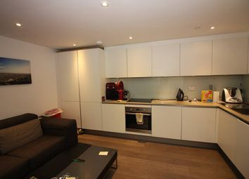 Thumbnail 1 bed flat to rent in 167 Green Lanes, Stoke Newington