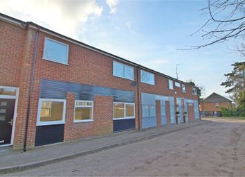 Thumbnail 2 bed flat to rent in Station Road, Chinnor