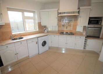 Thumbnail 3 bedroom flat to rent in High Road, Buckhurst Hill