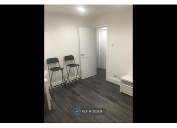 Thumbnail 1 bed flat to rent in Limesdale Gardens, Edgware