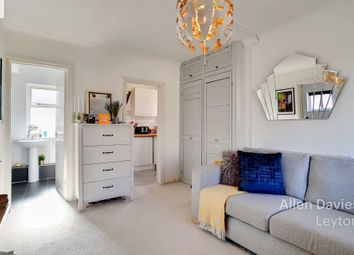Thumbnail 1 bedroom flat for sale in Essex Road South, London
