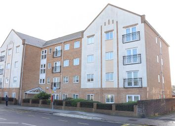 Thumbnail 2 bedroom flat for sale in Peelers Gate, Cosham, Portsmouth