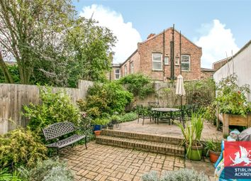 3 bed property for sale in Stamford Road, London N1