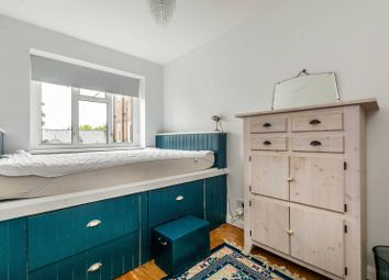 Thumbnail 2 bed flat to rent in Coronation Court, North Kensington