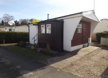 Thumbnail 1 bed mobile/park home for sale in Centre Way, Radcliffe-On-Trent, Nottingham