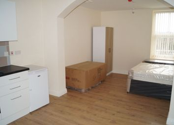 Thumbnail Studio to rent in Brunswick Square, Union Street, Oldham