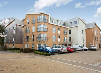Thumbnail 2 bed flat for sale in Robin Place, Netley Abbey, Southampton