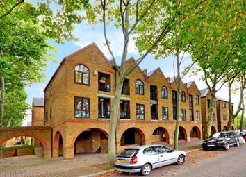 Thumbnail 2 bed flat to rent in Brunswick Quay, Surrey Quays, London
