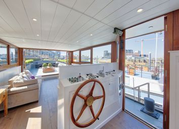 Thumbnail 3 bed houseboat to rent in Clove Hitch Quay, London