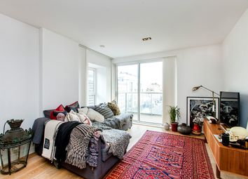 Thumbnail 2 bed flat to rent in Bethnal Green Road, Whitechapel