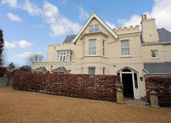 1 bed flat to rent in Dean Park Road, Bournemouth BH1