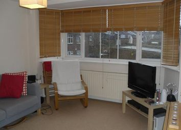 Thumbnail 2 bed flat to rent in Clarence Road, Bounds Green