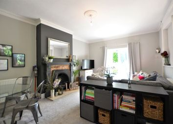 2 bed flat to rent in Clarewood Drive, Camberley GU15